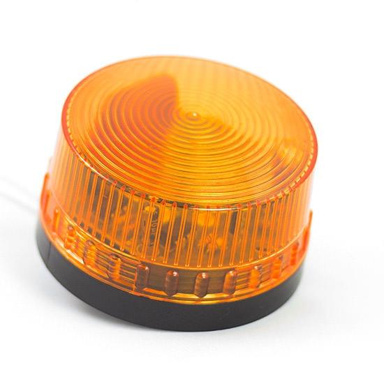 Zdjęcie pomarańczowej lampy ostrzegawczej 24v